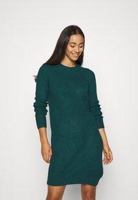 Even&Odd - Strikket kjole - dark green - 0