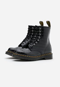 Dr. Martens - 1460 PASCAL - Lace-up ankle boots - black