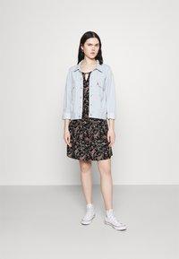 Vero Moda - VMSIMPLY EASY SHORT DRESS - Kjole - black - 1
