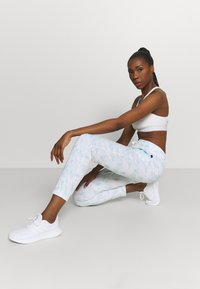 Cotton On Body - GYM TRACK PANTS - Tracksuit bottoms - baby blue - 3