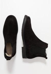 Royal RepubliQ - CAST CHELSEA - Classic ankle boots - black - 1