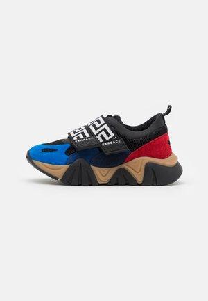 UNISEX - Sneakers laag - nero/lapis/navy/heat