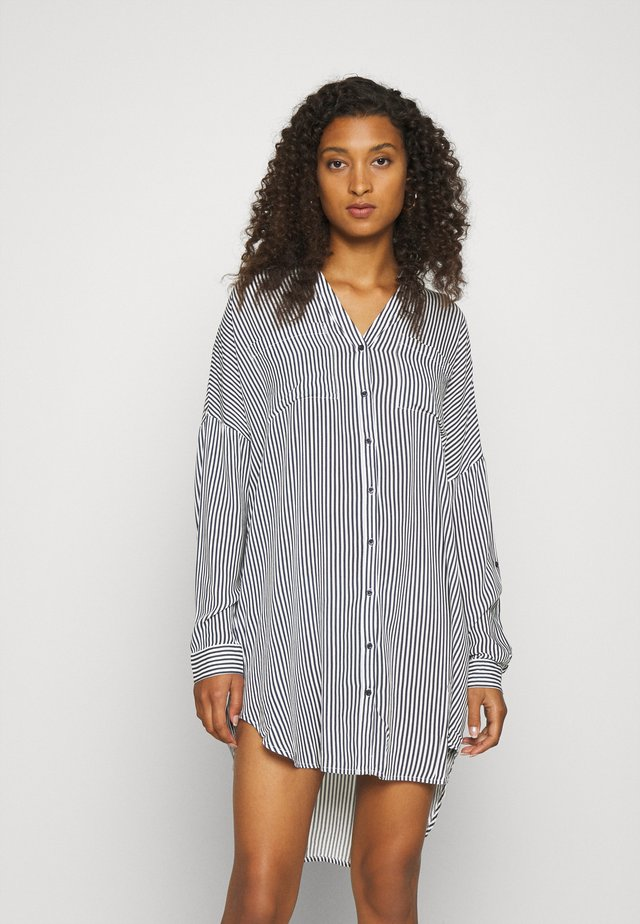 VMBECKY FOLD UP - Shirt dress - india ink/bumby snow