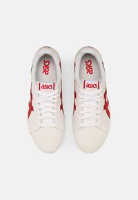 ASICS SportStyle - CLASSIC UNISEX - Trainers - white/classic red - 3