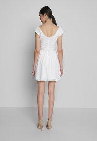 Nly by Nelly - UPPER DRESS - Sukienka letnia - white - 2