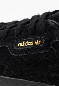 adidas Originals - SLEEK - Sneakers - core black - 2
