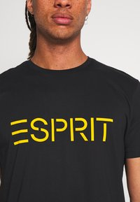 Esprit - 2 PACK - Print T-shirt - black - 7