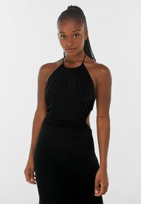 Bershka - WITH CUT-OUT AND OPEN BACK  - Cocktailklänning - black - 3