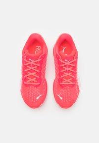 Puma - MAGNIFY NITRO - Neutral running shoes - sunblaze/white - 3