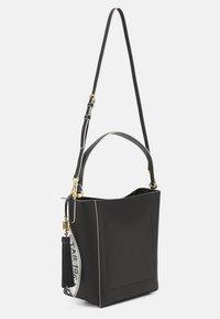 Lauren Ralph Lauren - ADLEY SHOULDER MEDIUM - Handbag - black/white - 2