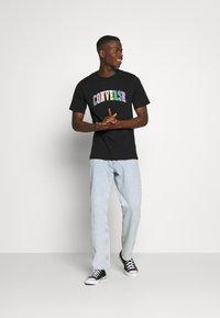Converse - GLITTER PRIDE TEE - T-shirt con stampa - black - 1