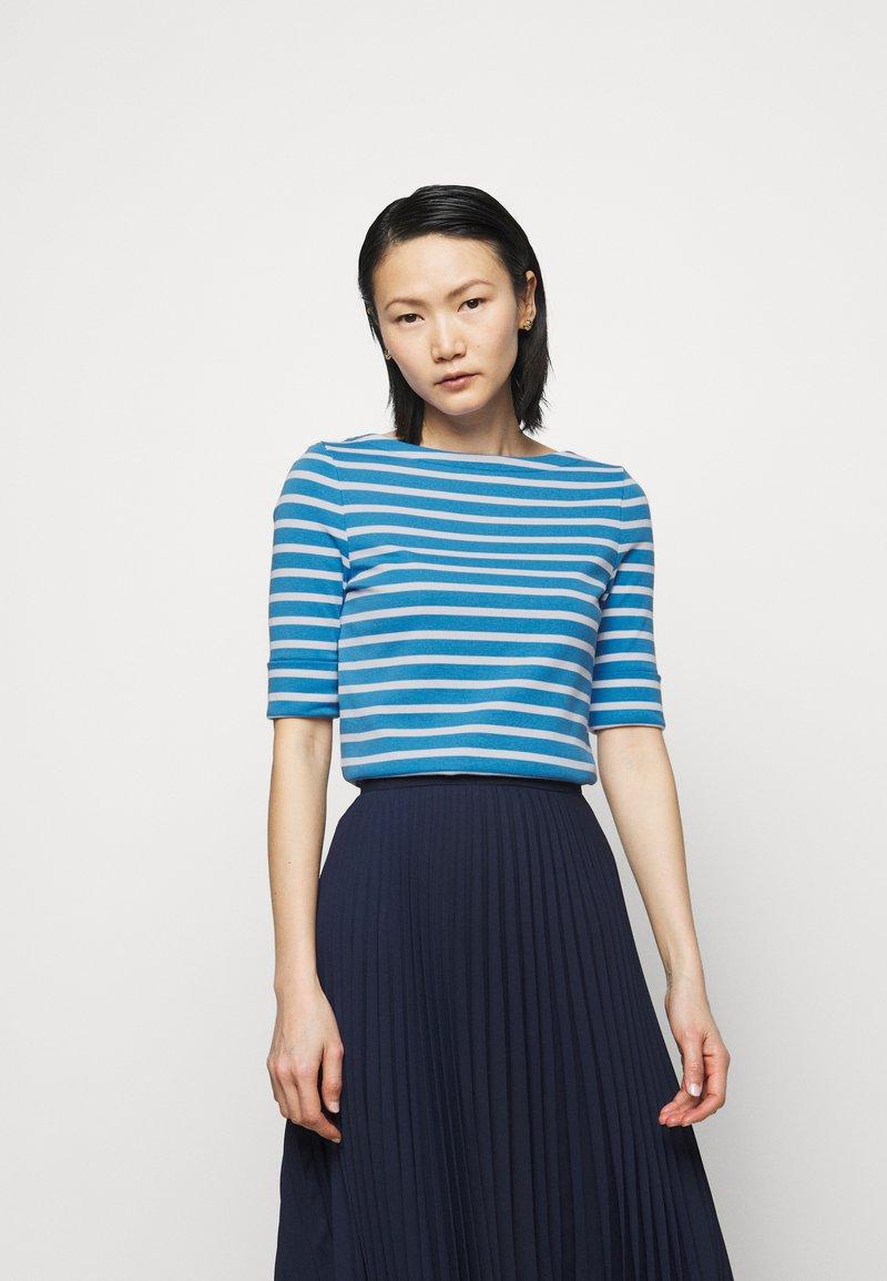 Lauren Ralph Lauren - T-shirt z nadrukiem - captain blue/white