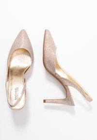 MICHAEL Michael Kors - LUCILLE FLEX SLING - High heels - pale gold - 3