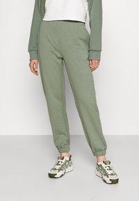 Even&Odd - REGULAR FIT JOGGERS  - Tracksuit bottoms - green - 0