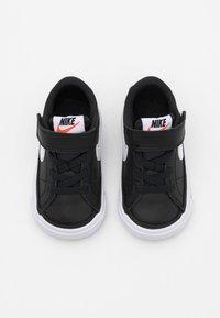 Nike Sportswear - COURT LEGACY UNISEX - Baskets basses - black/white/light brown - 3