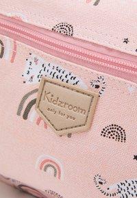 Kidzroom - BACKPACK KIDZROOM MINI UNISEX - Rucksack - pink - 3