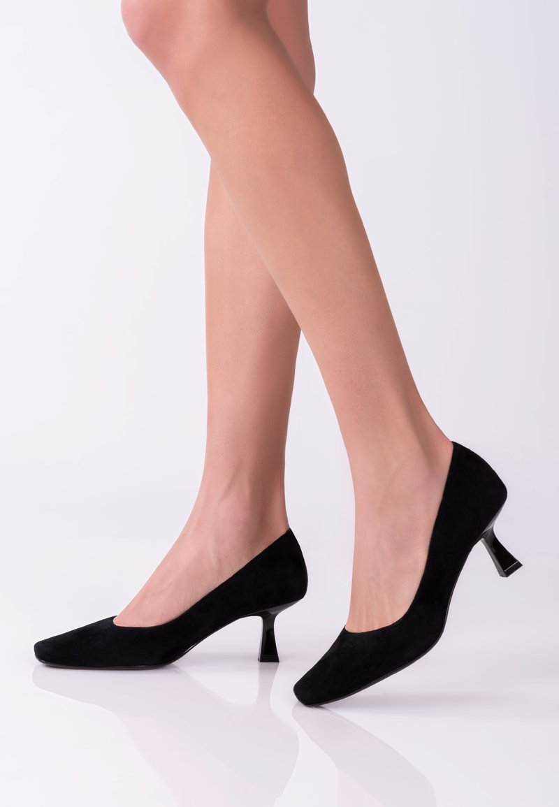 TJ Collection - Classic heels - black