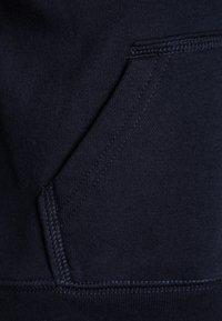 GAP - TODDLER BOY - Bluza z kapturem - blue galaxy - 2