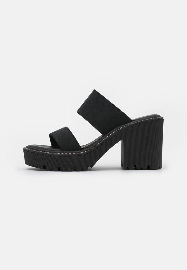 BRANDI - Pantofle na podpatku - black paris