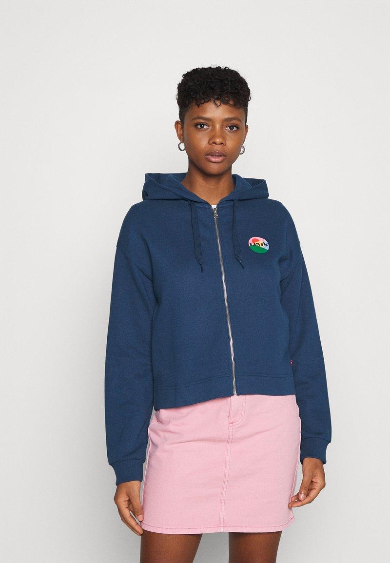 Levi's® - GRAPHIC ZIP SKATE HOODIE - Zip-up hoodie - dark blue