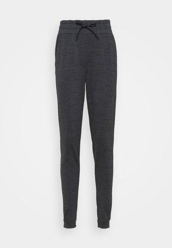 ONPORLANA PANTS - Pantalones deportivos - black melange