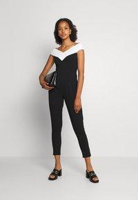 WAL G. - JESSIE JAYNE CONTRAST - Jumpsuit - black/white - 1