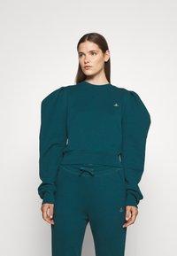 Vivienne Westwood - ARAMIS - Sweatshirt - green - 0