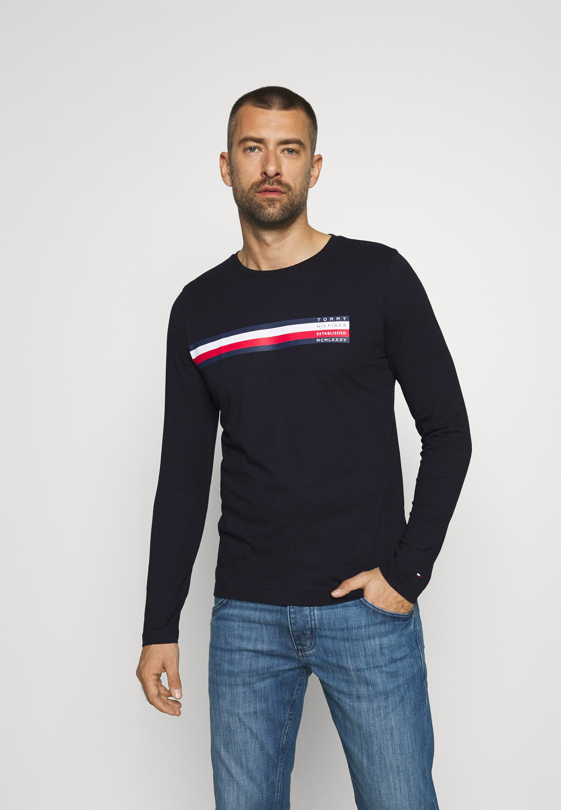 Men SLICED BAR LONG SLEEVE TEE - Long sleeved top