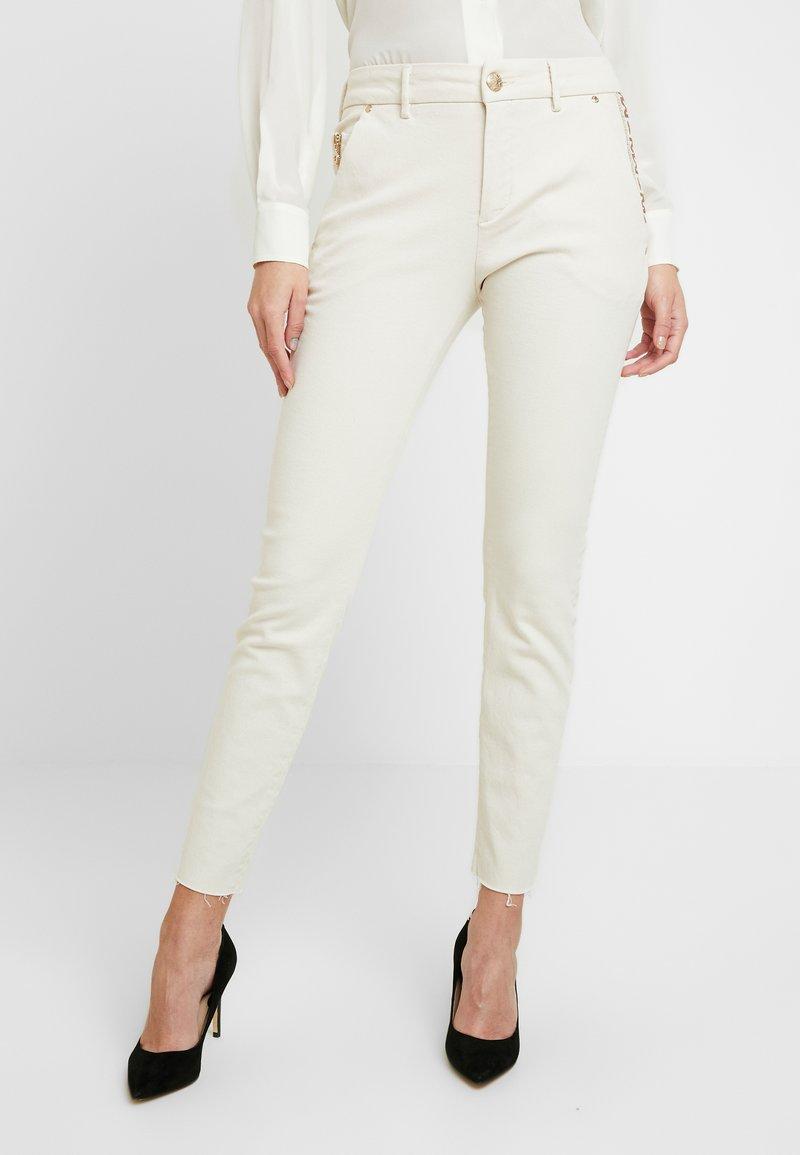 Mos Mosh - BLAKE RICH - Jeans slim fit - ecru