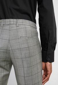 DRYKORN - OREGON - Suit - grey - 9