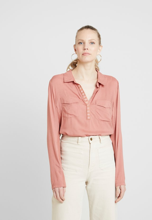 HALLY - Button-down blouse - old rose