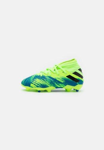 NEMEZIZ 19.3 FG - Moulded stud football boots - signal green/core black/royal blue