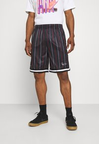 Karl Kani - SMALL SIGNATURE PINSTRIPE  - Shorts - black - 0