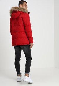 Alessandro Zavetti - OSHAWA - Winter jacket - red - 2