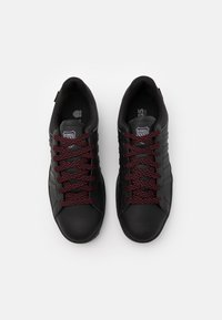 K-SWISS - COURTHYDRO - Trainers - black/charcoal - 3