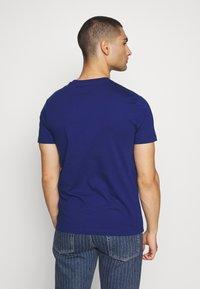 Diesel - JAKE - Print T-shirt - blue - 2