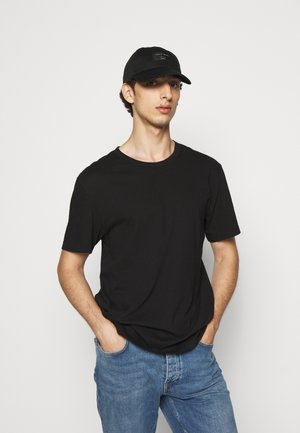 HENT - Cap - black
