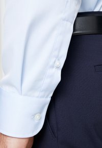 Eterna - SLIM FIT  - Formal shirt - light blue - 3
