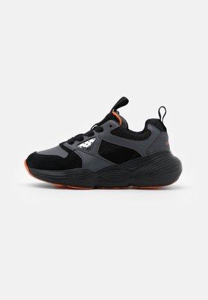 BUBBLEX BOY - Zapatillas - black/orange
