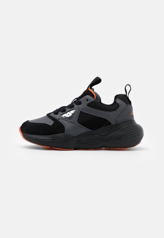 BUBBLEX BOY - Sneakers basse - black/orange