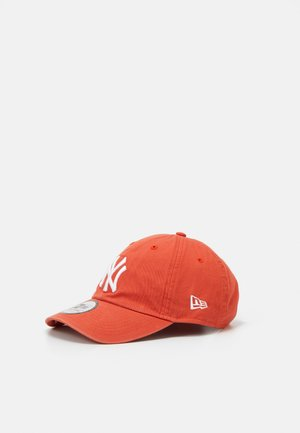 CASUAL CLASSIC 9TWENTY UNISEX - Cap - metallic red