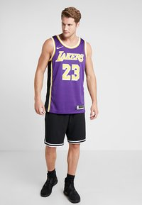 Nike Performance - NBA LA LAKERS LEBRON JAMES SWINGMAN - Klubbkläder - purple - 1