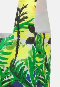 Marni - BORSA - Tote bag - emerald green - 3