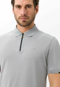 BRAX - STYLE PERCY - Polo shirt - cement - 3