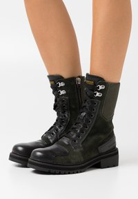 G-Star - DUTY UTILITY BOOT - Lace-up ankle boots - dark combat/black - 0