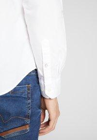 Ben Sherman - SIGNATURE OXFORD SHIRT - Shirt - white - 3