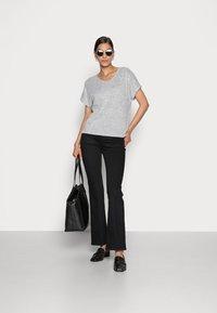 Opus - SABLET - Basic T-shirt - easy grey - 1