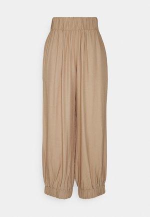 CODIA - Trousers - chanterelle