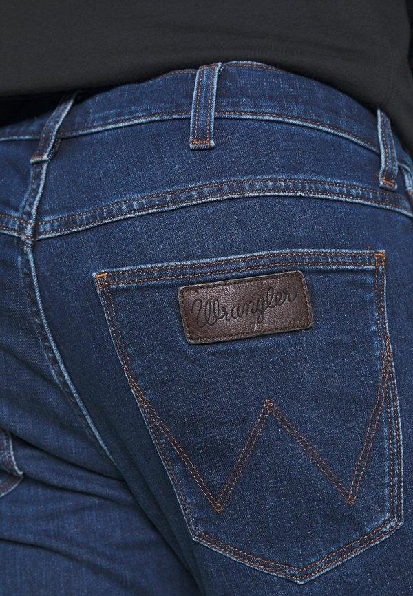 Wrangler GREENSBORO - Jeansy Straight Leg - cool pool/ciemnoniebieski Odzież Męska LTZT