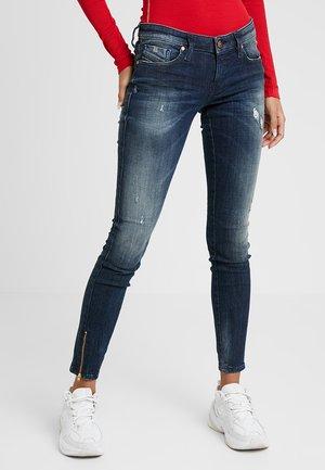 SKINZEE LOW ZIP - Jeans Skinny Fit - indigo style exclusive